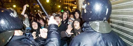 Violence on the streets as tension runs high during Franco mass