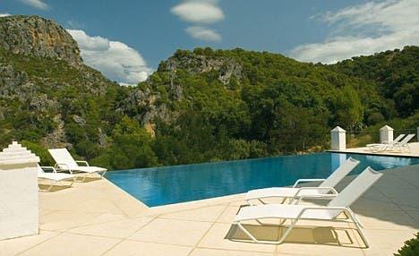 Kilroy villa pool