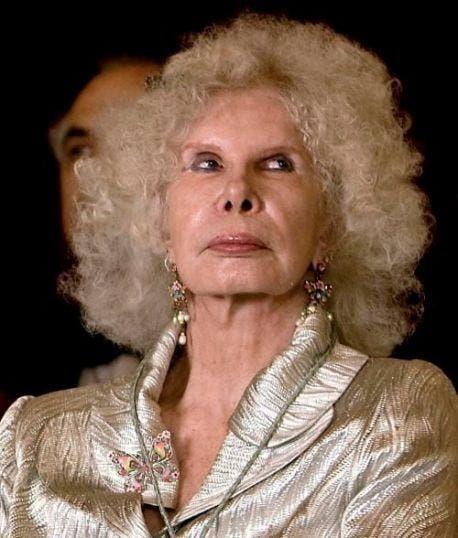 BREAKING: Spain's Duchess of Alba has died aged 88