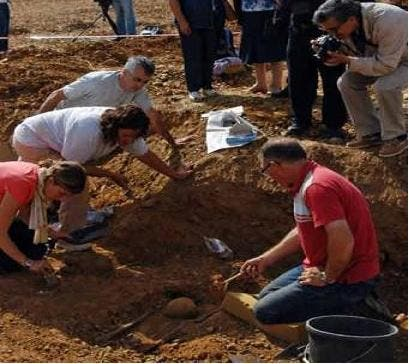 Mass graves to be excavated in Ronda