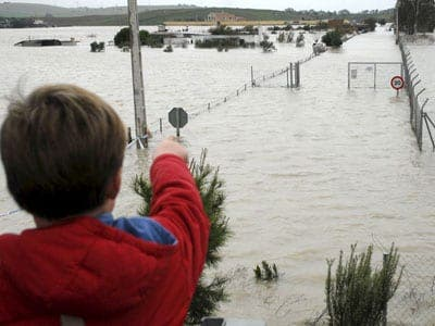 Further flooding as Spanish rainfall reaches record books
