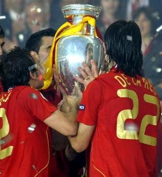 Spain scoops FIFA top spot again