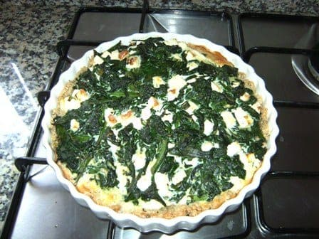 Tasty! Spinach and feta quiche with porridge base
