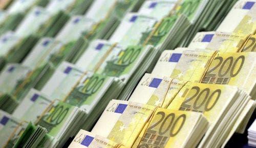 شعار اليور اليورو العملات euro photo