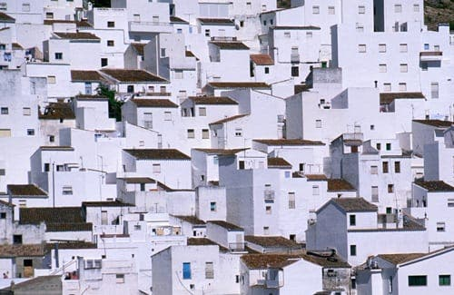 Overbuilding in Spain causes further drop in prices