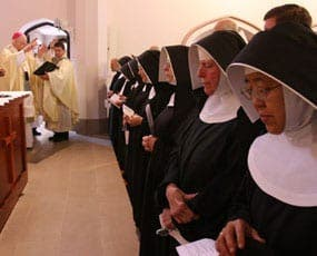 Nuns lose the abbey habit