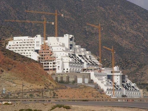 Fears over Algarrobico Hotel demolition in Spain