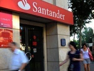 santander bank under fire customer service