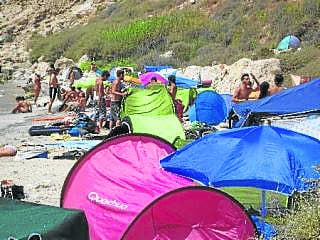 Free access for Almeria 'hippy beach'