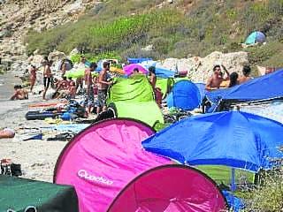 Free access for Almeria 'hippy beach'