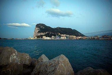 EU wades into Gibraltar fishing row