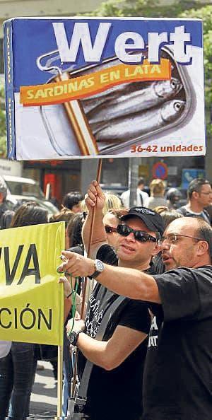We are not Spanish sardines!