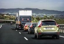Volvo self driving cars e