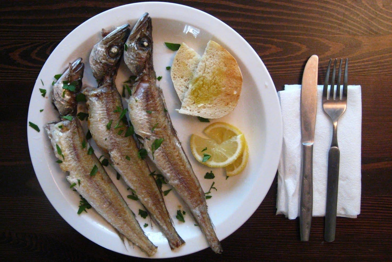 Fresh fish cuts cancer risk