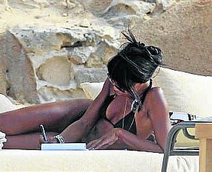 One bikini for Naomi Campbell in Spain