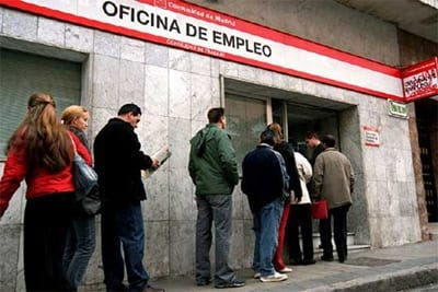 Spanish unemployment falls for third month