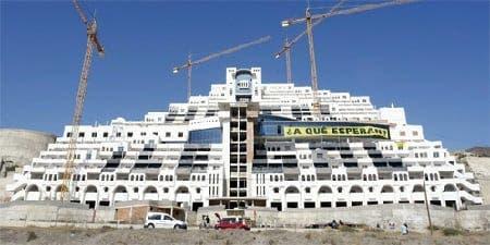 Algarrobico hotel to get the chop despite amnesty for Costa del Sol properties