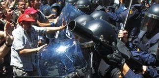 demonstrators clash with police in madrid