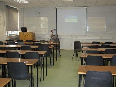 La Janda language school offers Spanish classes in the white pueblo of Vejer de la Frontera