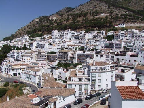 Three family members found shot dead in Mijas on the Costa del Sol
