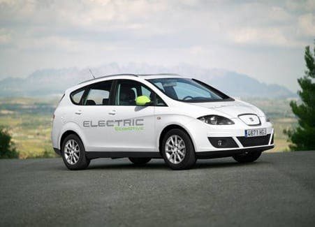 Spanish government tests new low-carbon cars