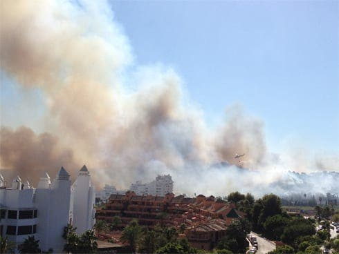 Holidaymakers affected by Costa del Sol blaze