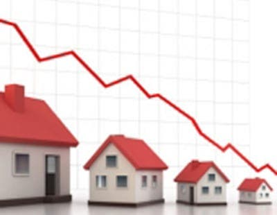 House prices in Spain continue to plummet