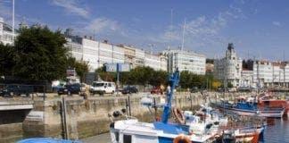 La Coruna bay yacht capsized