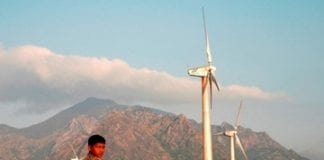 spain to fund wind farm projects in india and other countries to meet kyoto targets