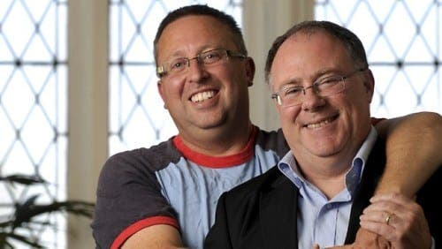 Gay MP marries in Spain
