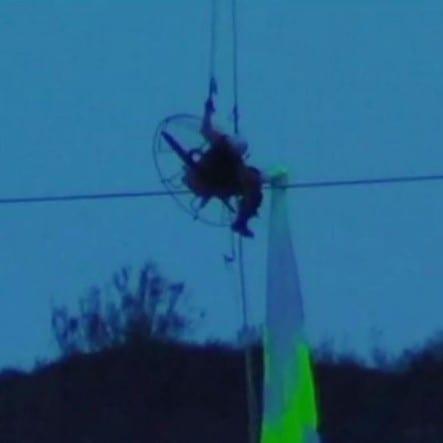 Paraglider has lucky escape in Granada