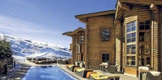 El Lodge pool