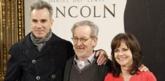 Lincoln photo call e