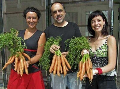 Spanish theatre owner sells carrots instead of tickets to beat tax