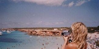 holiday snaps pic