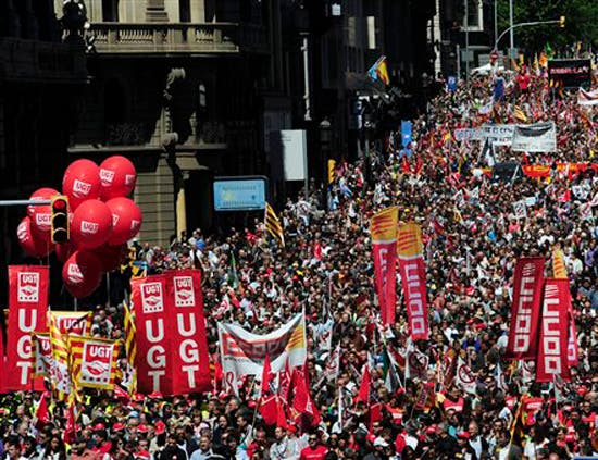 Thousands turn out for Mayday protests across Spain