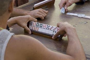 Dominoes deemed too noisy in Mojacar