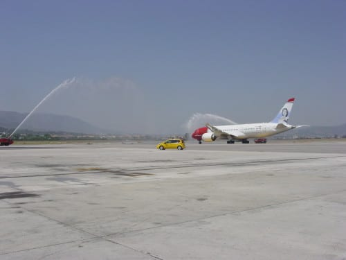 Boeing 787 Dreamliner lands at Malaga Airport