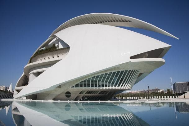 Graduates of prestigious music school in Valencia represent UK