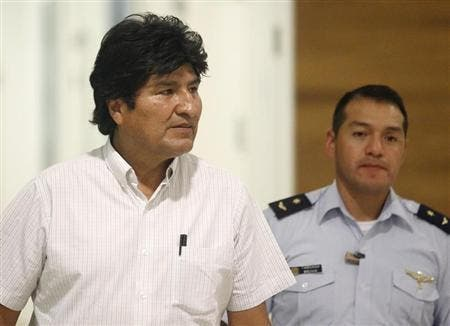 Spain apologises for Bolivian presidential plane delay