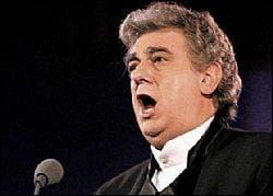 Opera singer Plácido Domingo suffers blocked lung artery