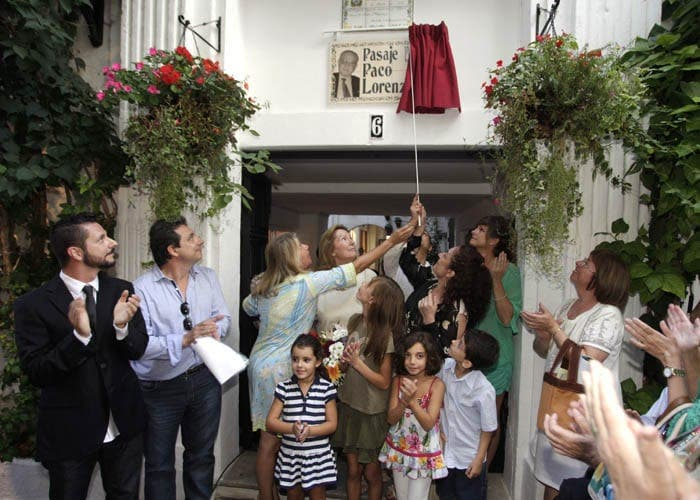 Marbella mayor unveils new street