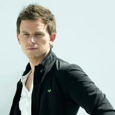 Superstar DJ Fedde Le Grand jets in