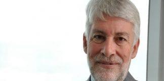 Giles paxman embajador RU