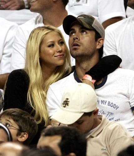 Have Enrique Iglesias and Anna Kournikova broken up?