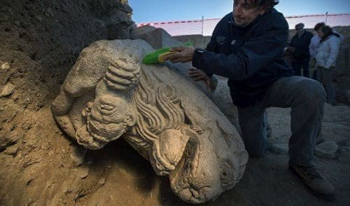 Roman lion statue uncovered in Jaen