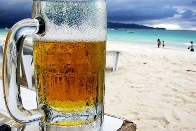 Drinking in the sun increases risk of skin cancer