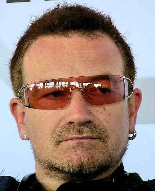 U2 singer Bono calls on Europe to help Spain