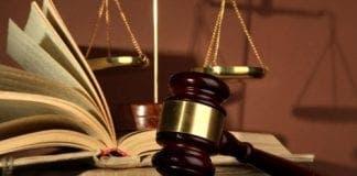 lawyer e