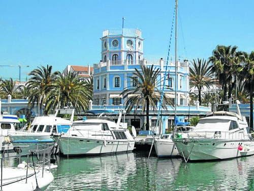 Puerto Estepona e